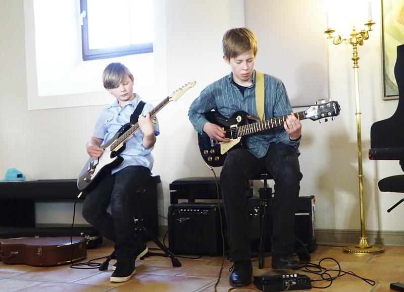 Schülerkonzert des centrum musicums im Saal des Ritterguts Kössern